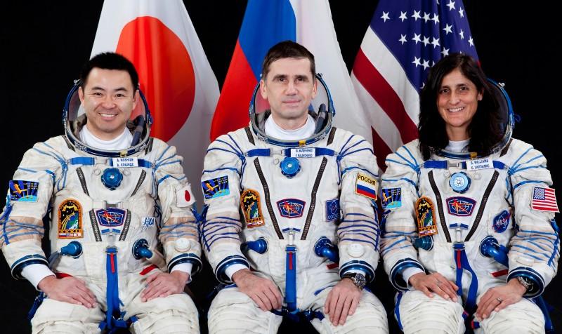 всегда другие космонавты в картинках примеру, празднование проходит